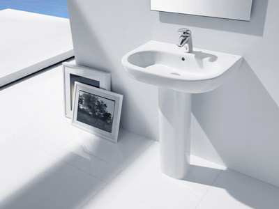 Imagen lavabo con pede