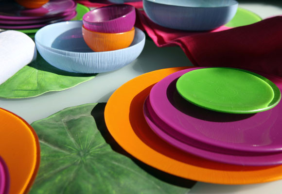 La Mediterránea recupera el color del vidrio para vestir la mesa